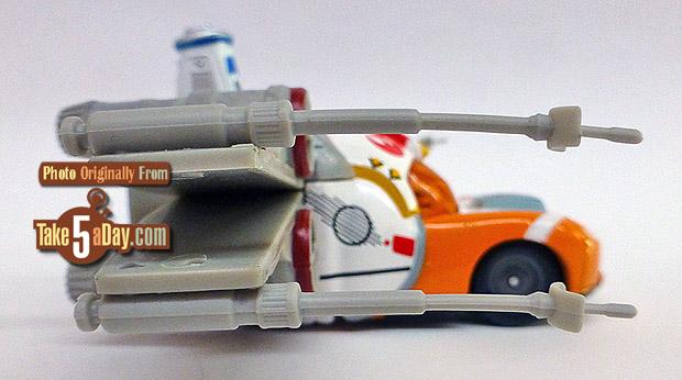 Lightning-McQueen-as-Jedi-Luke-Skywalker-Death-Star-Battle-rside
