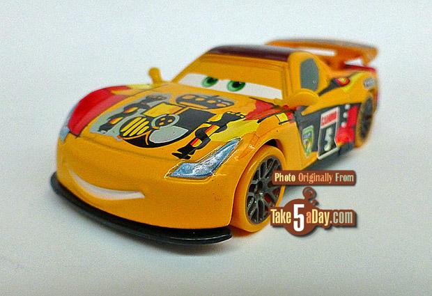 Mattel Disney Pixar CARS Carnival