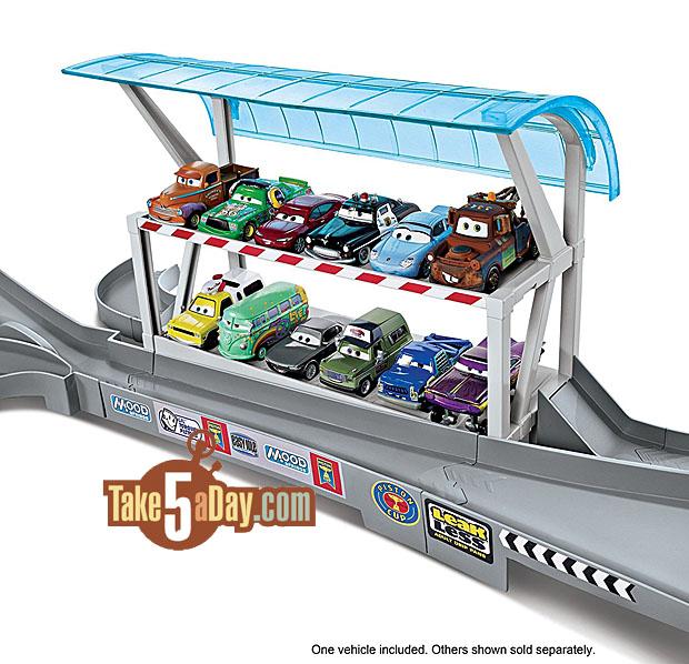 Disney Cars  Stage Garage
