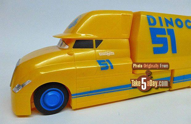 Mattel Disney Pixar Cars 3 Cruz Ramirez S Hauler Playset Take Five A Day