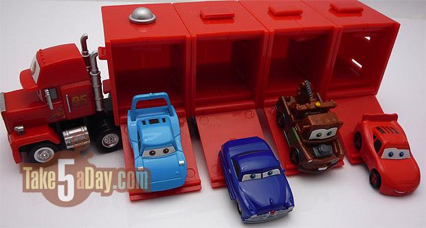 02mack-cars1