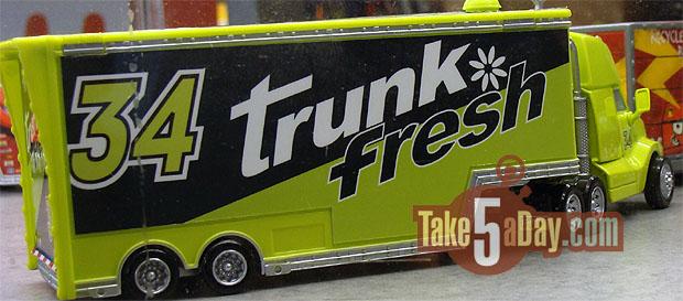03trunk-fresh