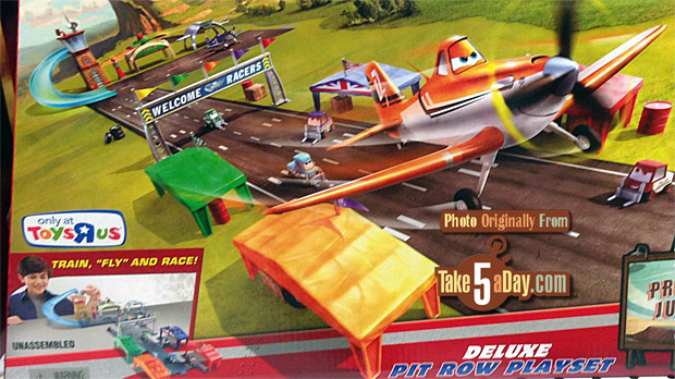 Disney Planes Fire /& Rescue Propwash Junction Deluxe Pit Row Exclusive Playset