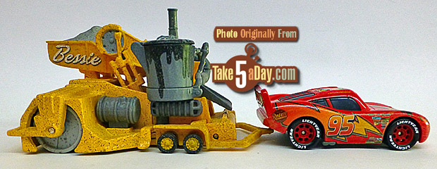 Road-Repair-Lightning-McQueen-Bessie-rside