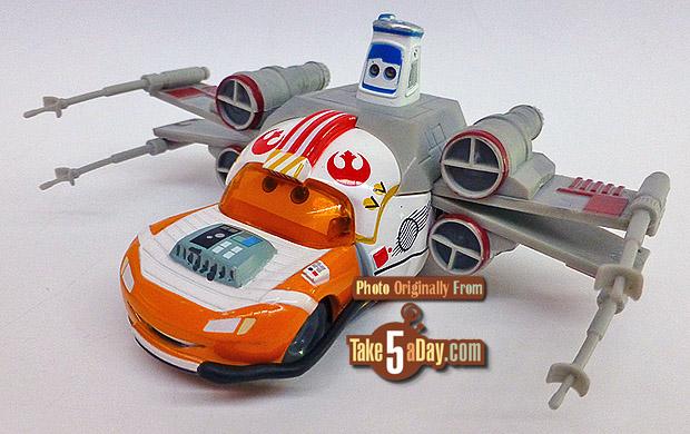 Lightning-McQueen-as-Jedi-Luke-Skywalker-Death-Star-Battle-3-4-front