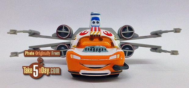 Lightning-McQueen-as-Jedi-Luke-Skywalker-Death-Star-Battle-front