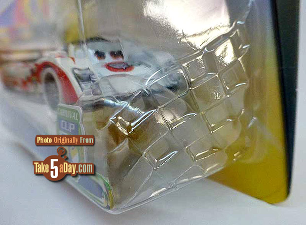 Shu-Todoroki-Car-nival-Cup-package-checkered-flag-blister