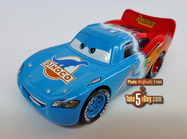 Transforming-Lightning-McQueen-3-4-front