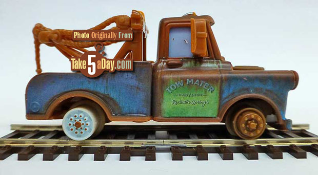 Mater-with-No-Tires-rside-track