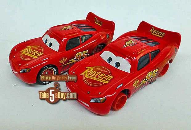 Wheel-Well-Motel-Lightning-McQueen-&-Lightning-McQueen-with-No-Tires-3-4-front