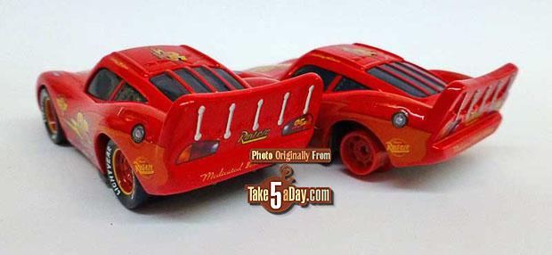 Wheel-Well-Motel-Lightning-McQueen-&-Lightning-McQueen-with-No-Tires-3-4-rear