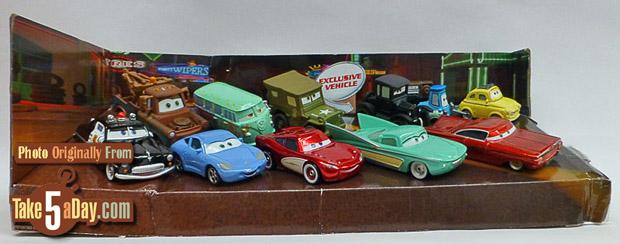 Radiator-Springs-Friends-10-pack-box_10