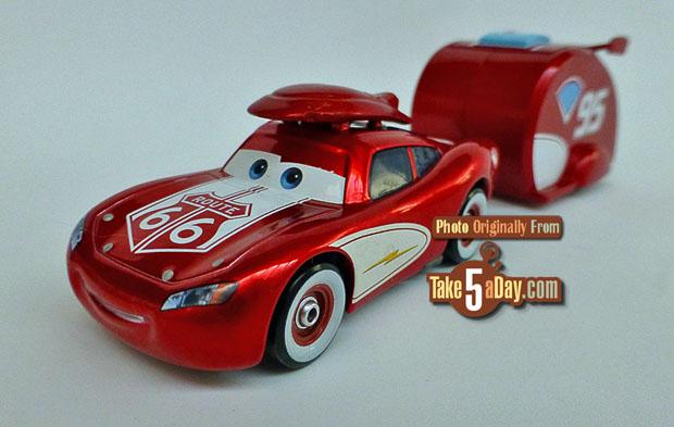 Crusin-Lightning-McQueen-&-Trailer-3-4-front