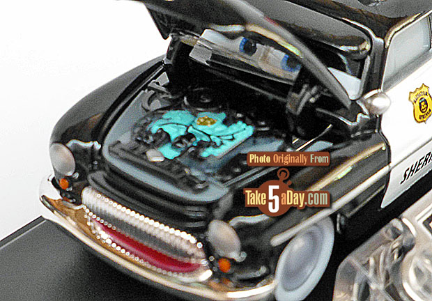 Precision-Sheriff-front-engine-detail