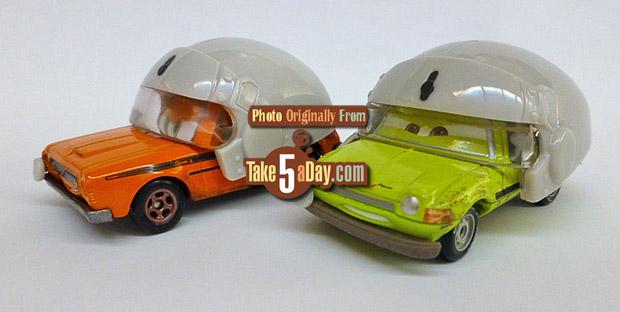 grem-with-helmet-acer-with-helmet-3-4-front